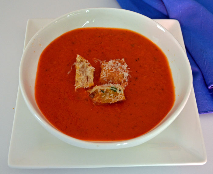 fresh-tomato-soup-photo
