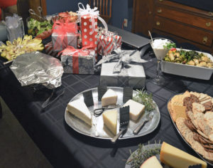 festive-table